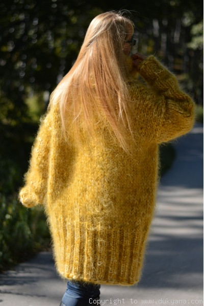Chunky Unisex huge Tneck mohair sweater