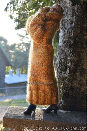 Huge mohair dress in yellow mix