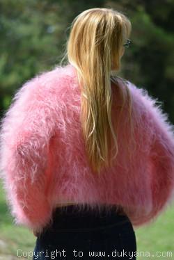Fuzzy mohair bolero in pink