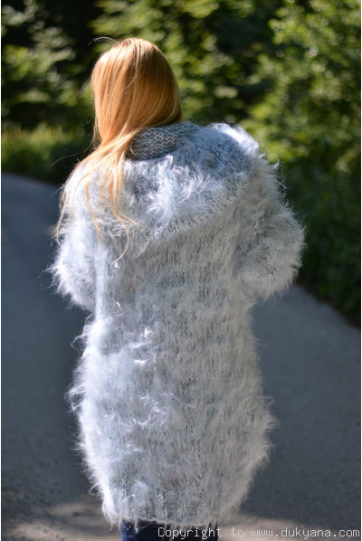 Hooded and chunky mohair cardigan in mixed mint-gray colour
