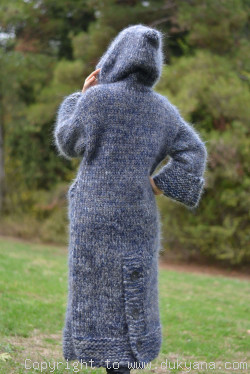 Chunky and thick long mohair cardigan in gray mix