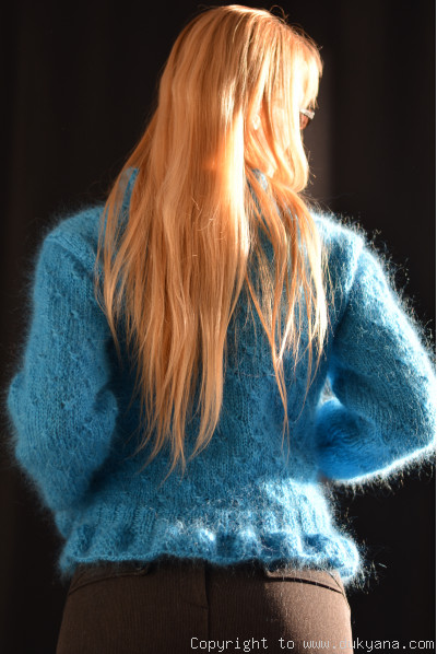 Ruffled cropped mohair cardigan in turquoise