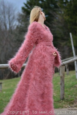 Fuzzy mohair shrug loosesly hand knitted