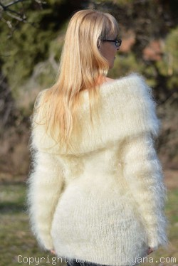 Fuzzy cowlneck mohair sweater in Ivory
