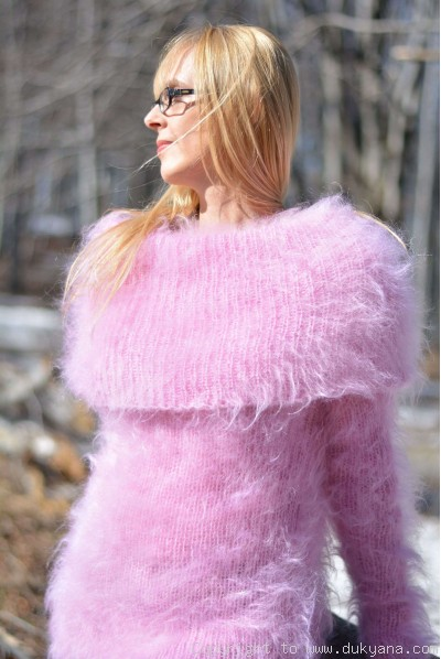Fuzzy and soft cowlneck mohair sweater in pink
