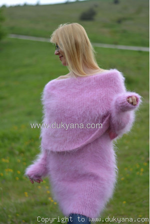 Cowlneck off-shoulder mohair sweater in pink