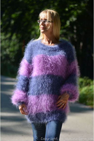 Oversized striped mohair sweater loosely knitted in denim and violet