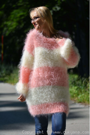 Oversized striped mohair sweater loosely knitted in cream and peach