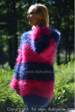 Oversized striped mohair sweater loosely knitted in navy and fuchsia