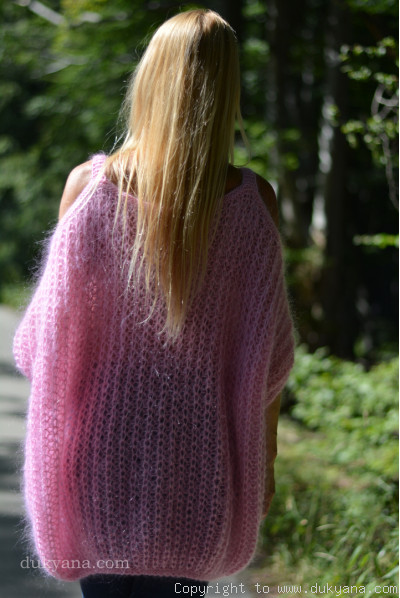Handmade balloon mohair sweater in baby pink cold sleeves