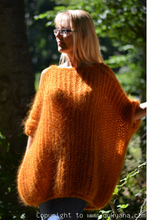 Balloon summer mohair sweater with straps in pumpkin orange