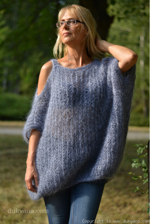 Balloon summer mohair sweater with straps in denim