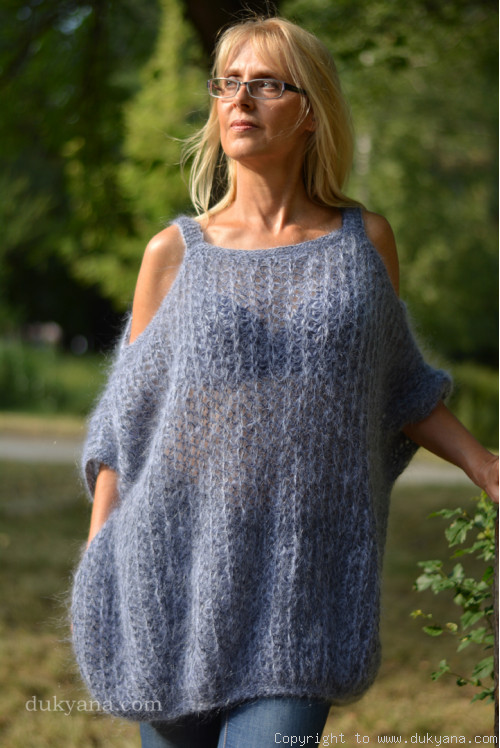 Handmade balloon mohair sweater in gray with cold sleeves