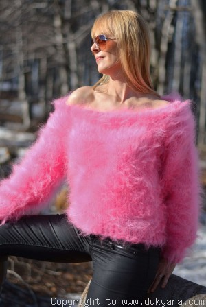 On request Cropped off-shoulder mohair sweater in hot pink