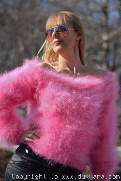 Cropped off-shoulder mohair sweater in hot pink