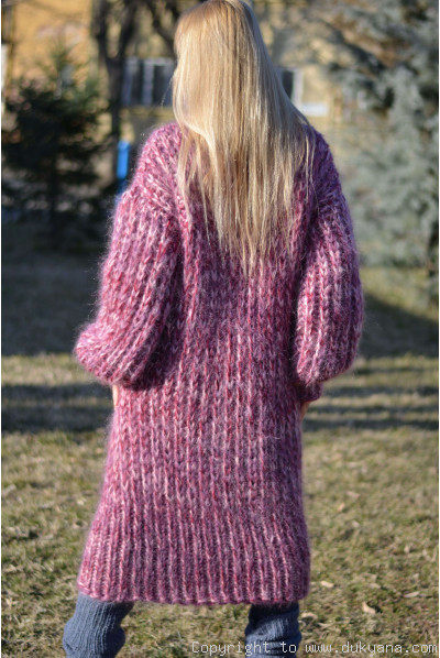 Chunky soft and silky mohair dress in red mix