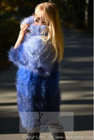 Rainbow chunky mohair dress in blue