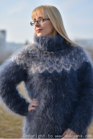 On request Hand knitted fuzzy Icelandic mohair T-neck sweater in steel gray