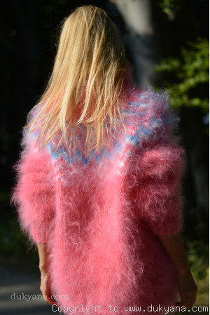 Icelandic T-neck mohair sweater in candy pink