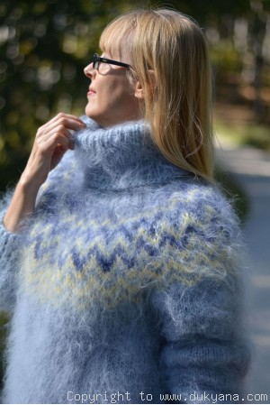 Hand knitted Icelandic T-neck mohair sweater