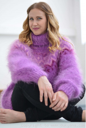 Violet Icelandic mohair sweater