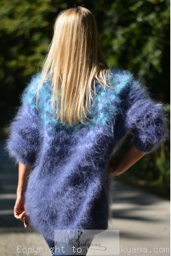Icelandic mohair sweater in blue