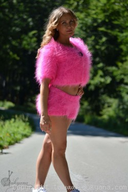 Hand knit mohair 2-piece set of mohair bolero and shorts in hot pink