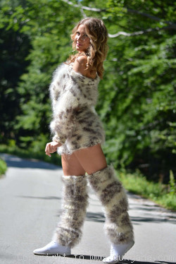 Hand knit mohair 3-piece set in animal print