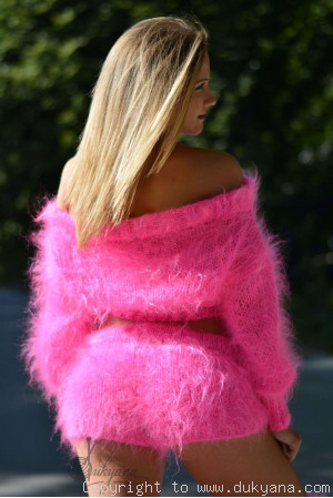Fuzzy mohair set in hot pink