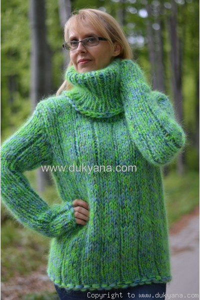 Handmade chunky and soft mohair Tneck sweater unisex green mix