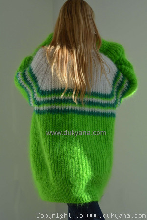 On request Soft mohair raglan sleeve sweater in 3 colours
