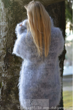 Chunky mohair sweater in gray marble