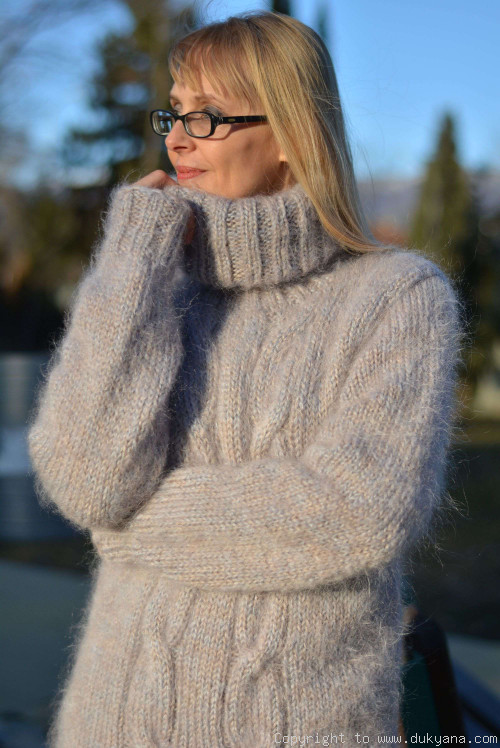 Soft mohair classic cable sweater