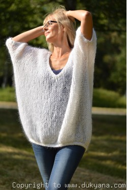 oversized mesh summer V-neck sweater in white mohair