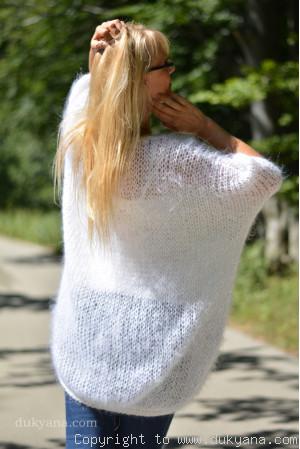 oversized mesh summer V-neck sweater in white mohair