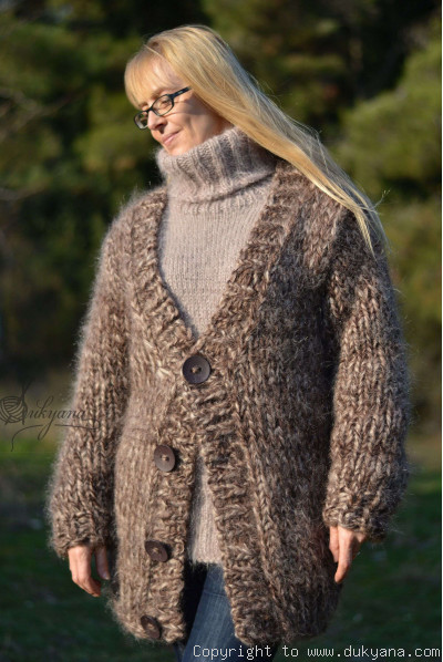 Chunky Vneck mens mohair cardigan in brown