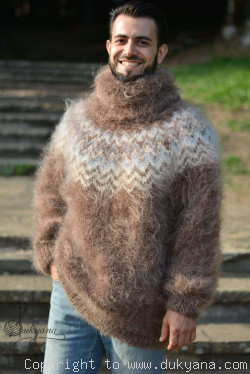 Mens mohair sweater in Icelandic colour pattern
