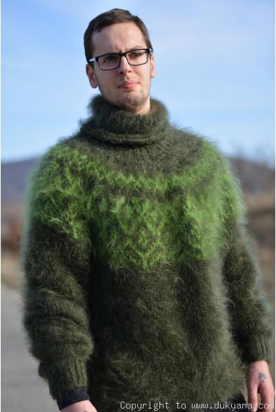 Icelandic T-neck mohair sweater in hunter green
