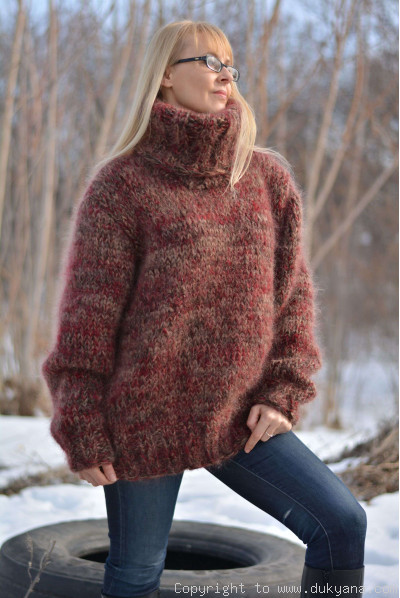 Hand knitted soft and thick mohair mens Tneck sweater
