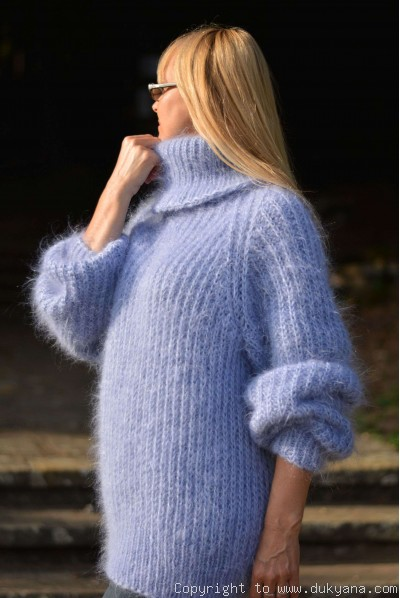 Handmade soft mohair Raglan sleeve Tneck mens cable sweater