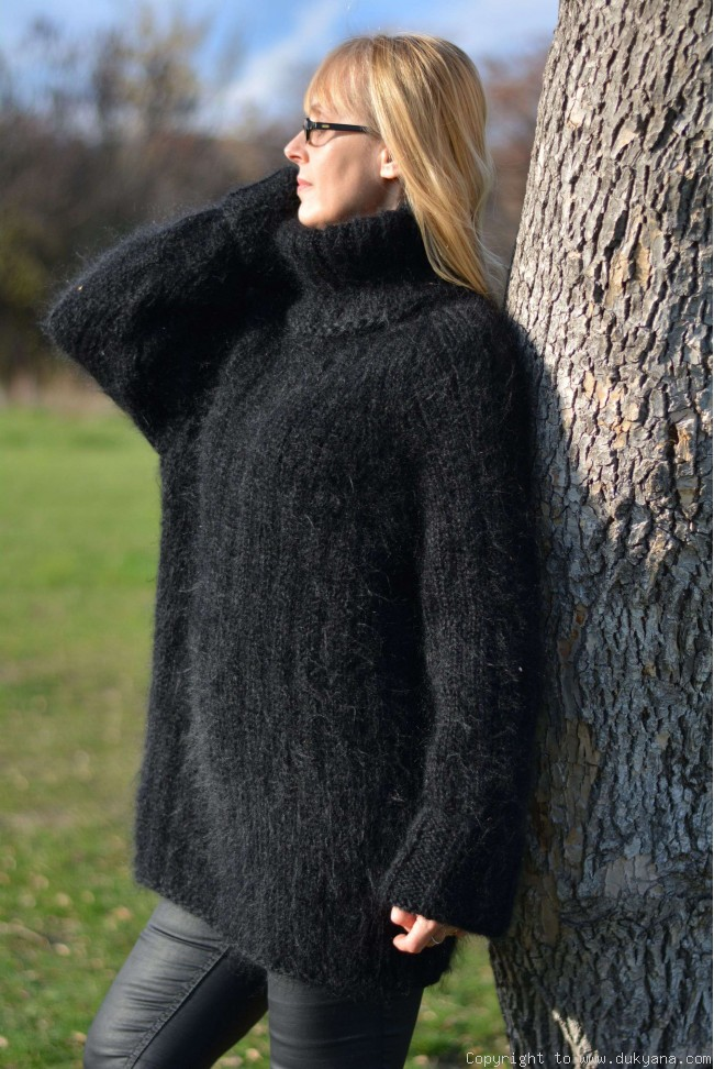 Casual mens mohair sweater hand knitted Tneck pullover in black/TM53