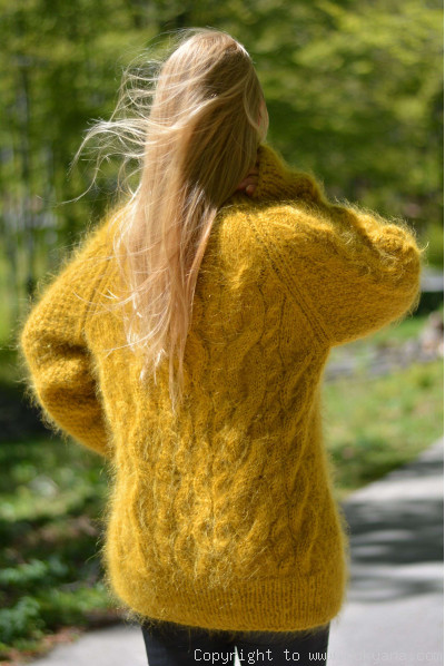 Knitted mohair sweater Raglan sleeve Tneck cabled jumper