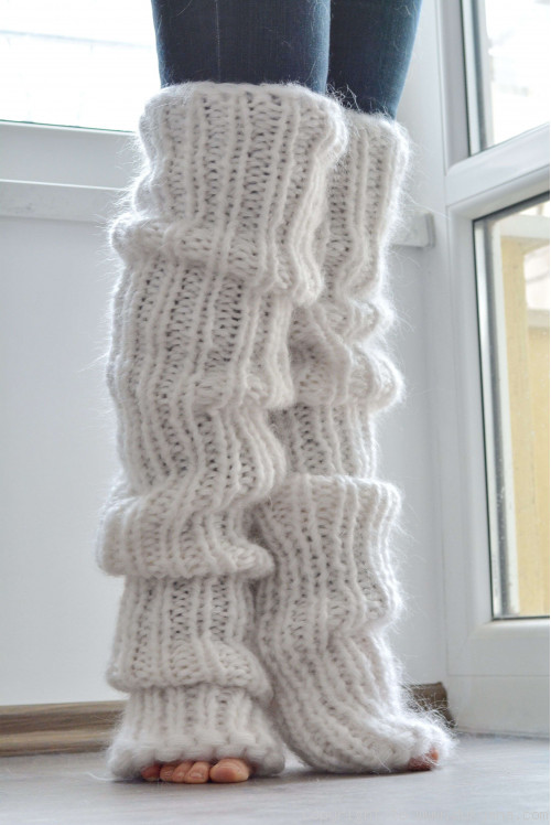 On request Chunky and thick huge mohair legwarmers