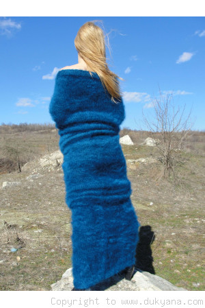 Ribbed huge mohair tube scarf