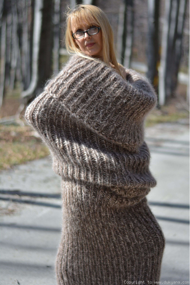 Chunky Mohair Tube Scarf In Beige Mix Sc6