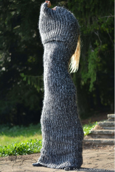 Chunky mohair tube scarf in gray mix