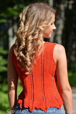 Hand knitted SOFT SUMMER sleeveless top in red