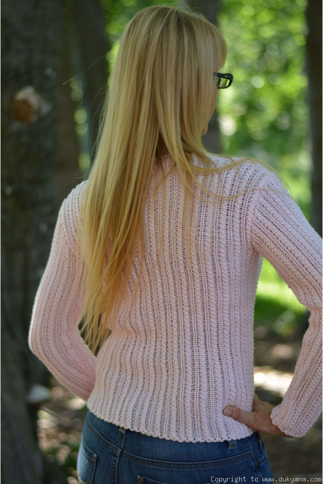 b6fab444d11 Egyptian cotton summer V-neck sweater in pale baby pink V3