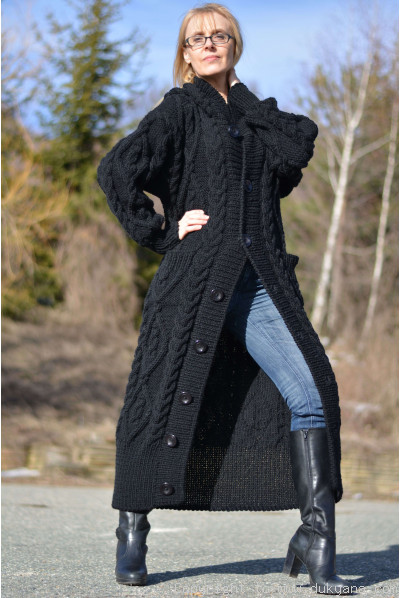 Merino blend hooded cabled cardigan knitted in black