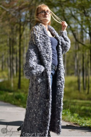 Hand knitted super merino collared chunky cardigan in gray mix
